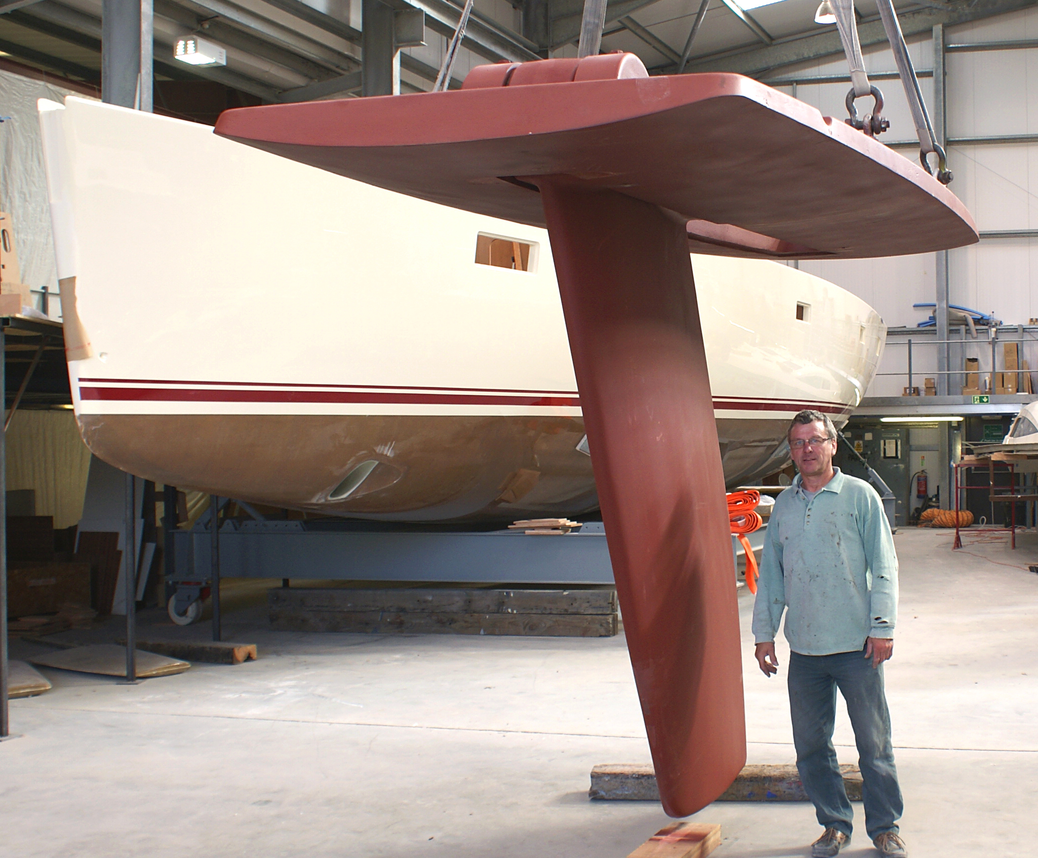 Southerly swing keel