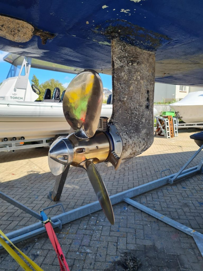 HydroAxe 3 Blade Rope Cutter and FeatherStream Propeller for Sailing Yachts